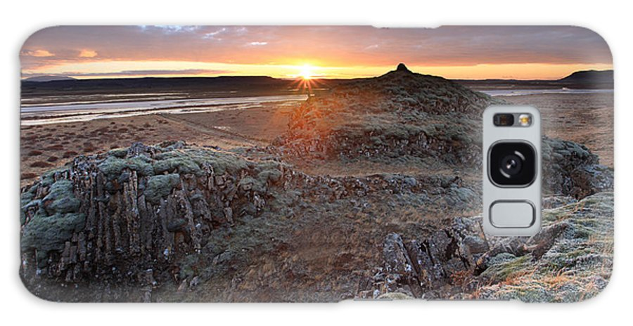 Galaxy S8 Case featuring the photograph Sunrise South West Iceland by Ollie Taylor