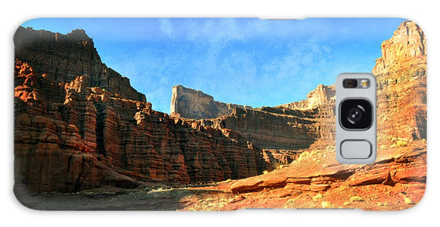 Canyonlands National Park Galaxy S8 Case featuring the photograph Magnificent Butte by Marty Koch