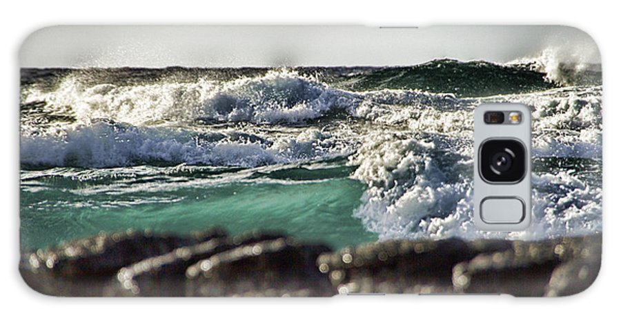 Waves Galaxy S8 Case featuring the photograph Making Waves by Douglas Barnard