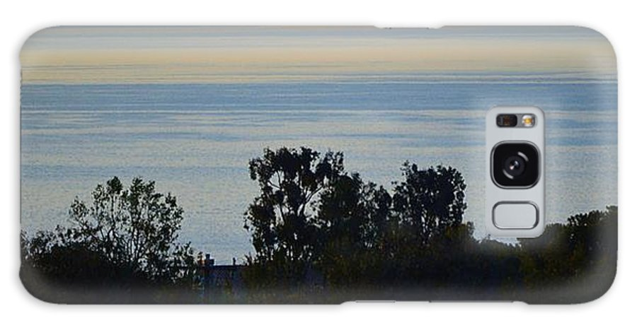 Home Galaxy S8 Case featuring the photograph Malibu Sunrise by Tommi Trudeau