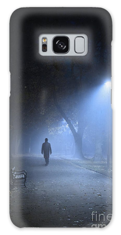 Avenue Galaxy S8 Case featuring the photograph Man In Hat And Overcoat Walking In Fog On A Tree Lined Avenue In by Lee Avison