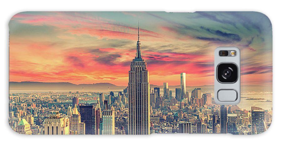 Panoramic Galaxy Case featuring the photograph Manhattan by Zsolt Hlinka