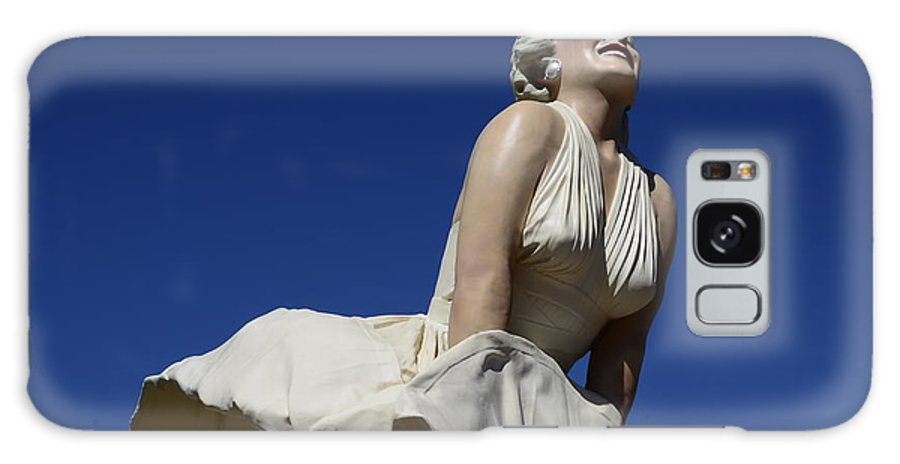 Marilyn Monroe Galaxy S8 Case featuring the photograph Marilyn Monroe Statue 3 by Bob Christopher