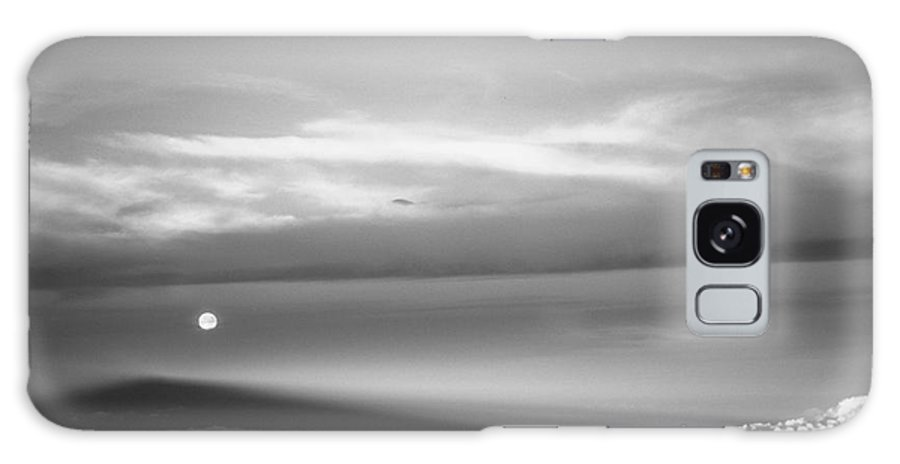 B&w Galaxy Case featuring the photograph Maui Full Moonset At Sunrise by Jim Cazel