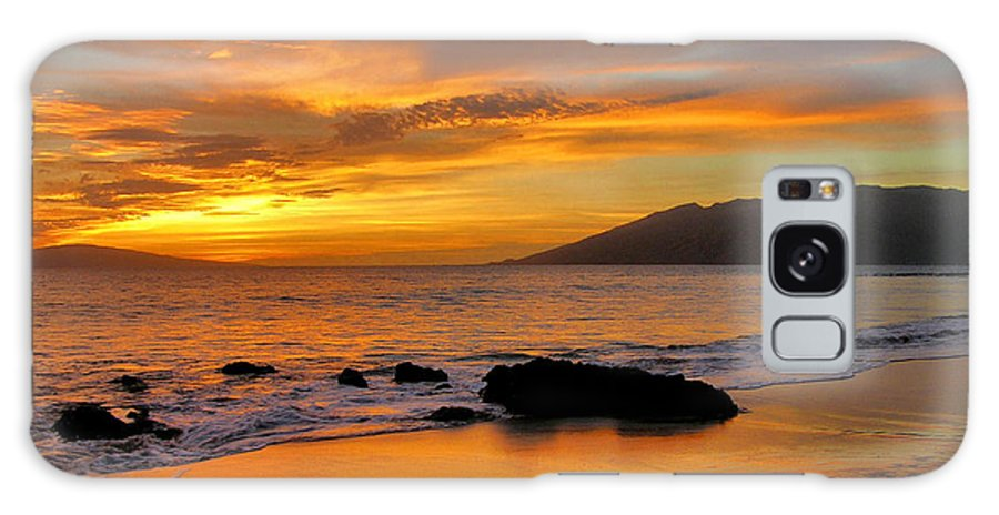 Sunset Galaxy S8 Case featuring the photograph Maui Sunset by Stephen Vecchiotti