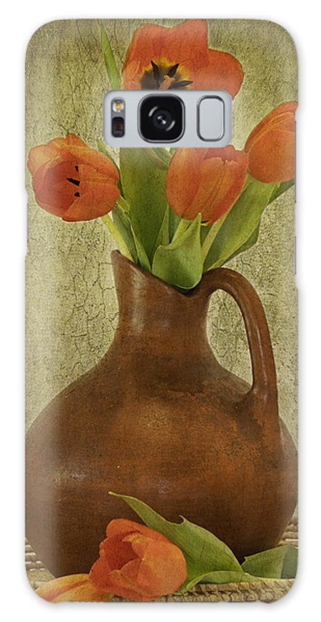 Poppies Galaxy S8 Case featuring the photograph Mexican Water Jug With Poppies by Lynne Fried