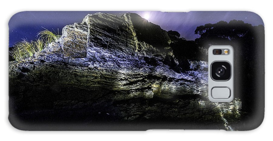 Lightpainting Landscape Galaxy S8 Case featuring the photograph Moon Rise by Catalin Anastase