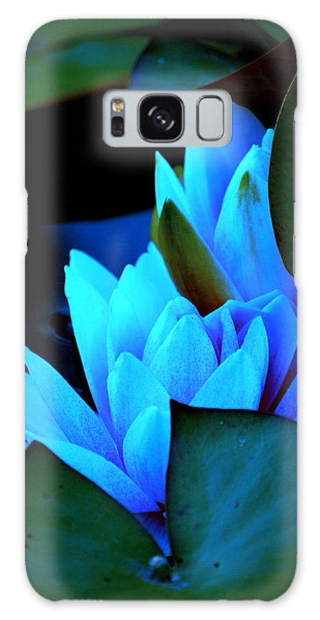 Moon Galaxy S8 Case featuring the photograph Moonlit Waterlilies by Kathy Sampson