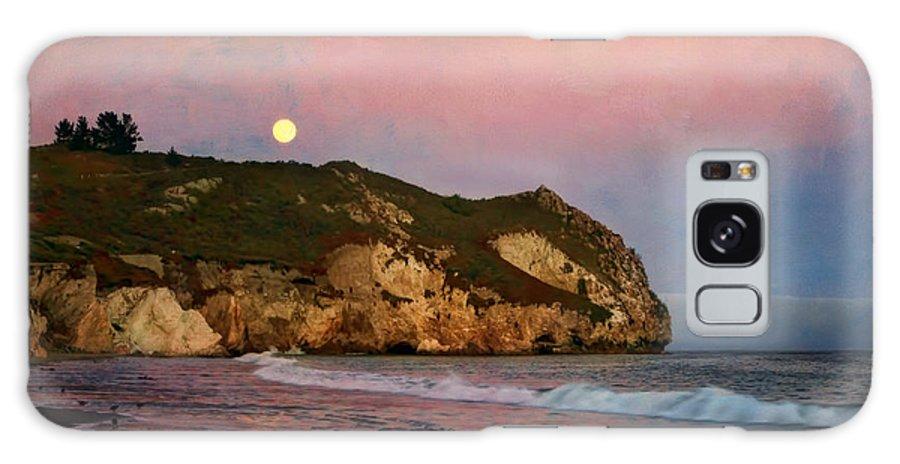 Beach Galaxy S8 Case featuring the photograph Moonrise At Avila Beach by Nikolyn McDonald