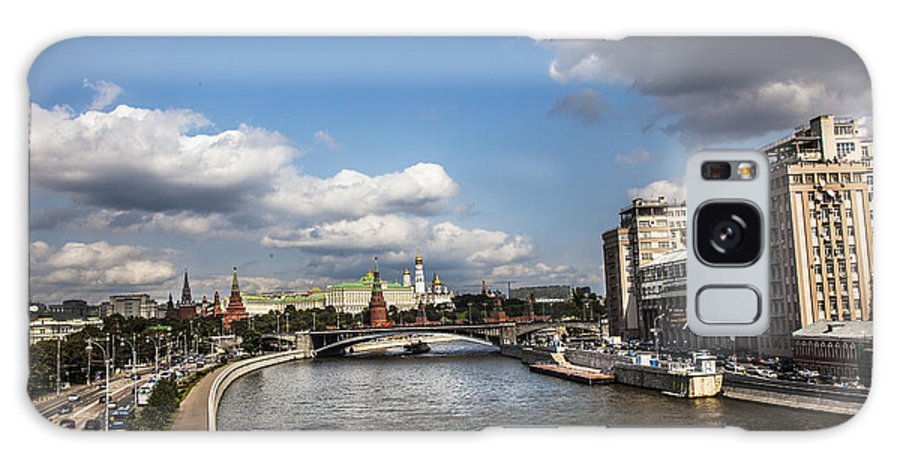 Moscow River Galaxy S8 Case featuring the photograph Moscow River - Russia by Madeline Ellis