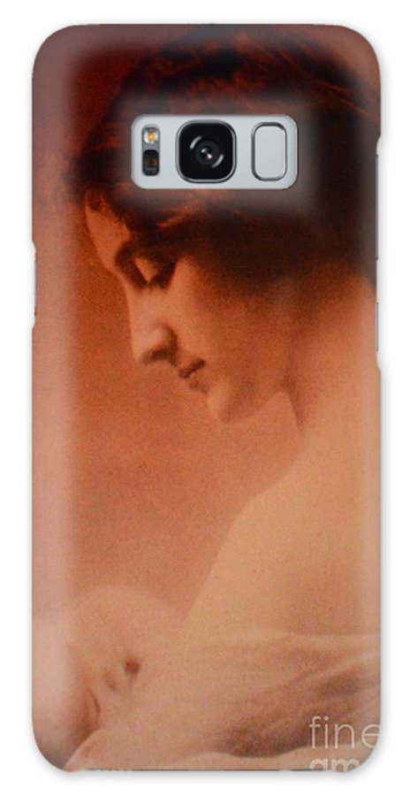 Mother Galaxy S8 Case featuring the photograph Mother And Baby by Beverly Shelby