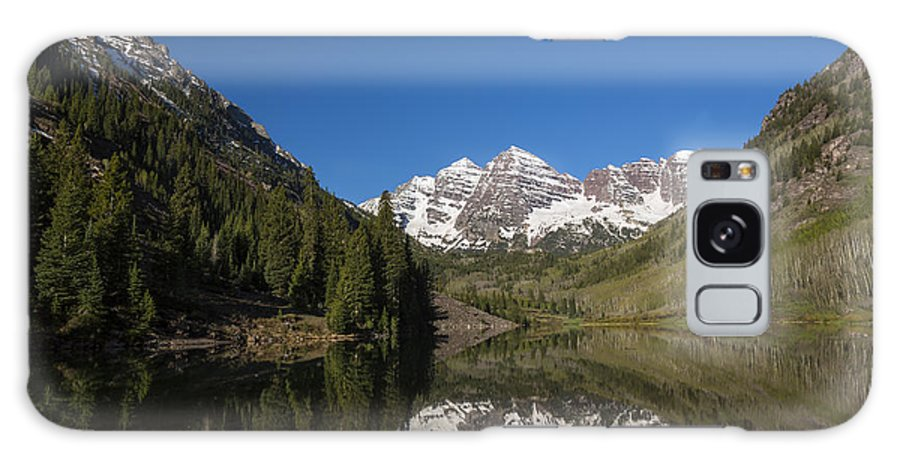 Maroon Galaxy S8 Case featuring the photograph Mountains Co Maroon Bells 12 by John Brueske