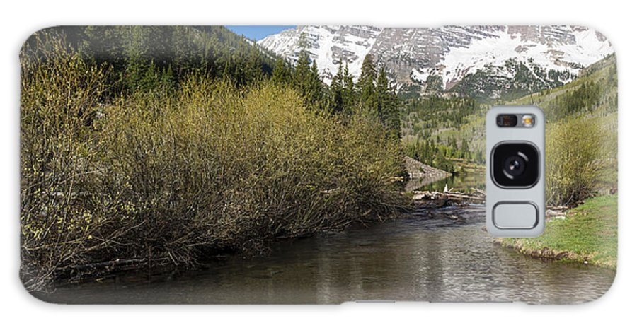 Maroon Galaxy S8 Case featuring the photograph Mountains Co Maroon Bells 14 by John Brueske
