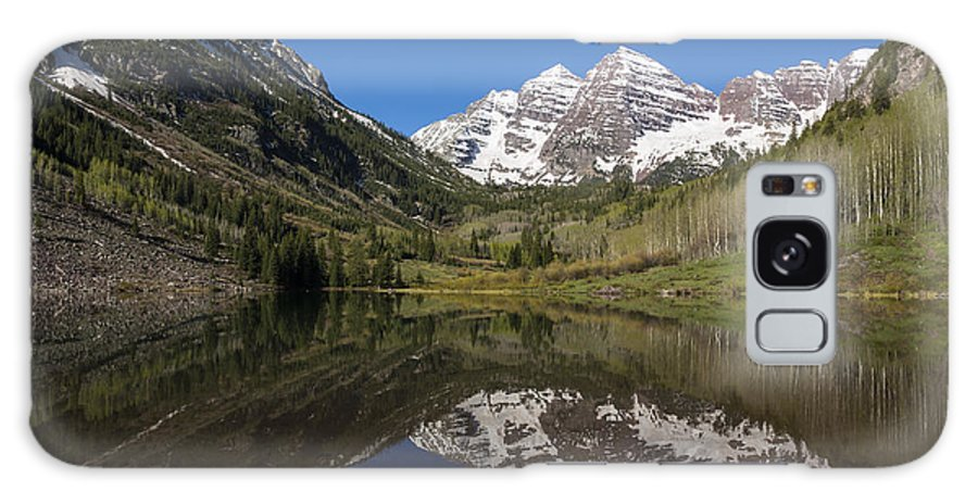 Maroon Galaxy S8 Case featuring the photograph Mountains Co Maroon Bells 16 by John Brueske
