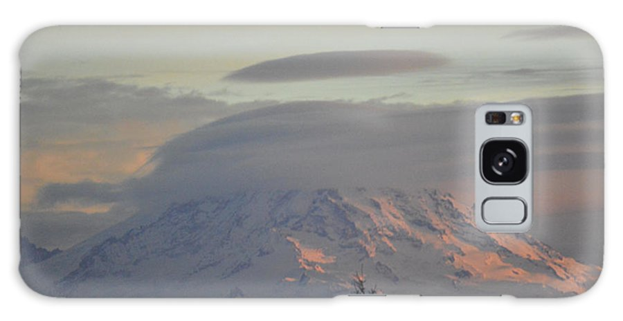 Mt Ranier Galaxy S8 Case featuring the photograph Mt Ranier by Brian Standley
