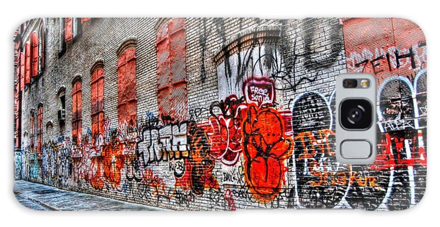 Graffiti Galaxy S8 Case featuring the photograph Mulberry Street Graffiti by Randy Aveille