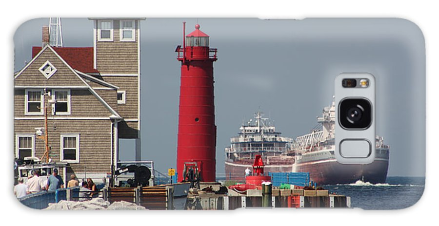 Seascape Galaxy S8 Case featuring the photograph Muskegon Coast Guard And Light House by Bruce McEntyre