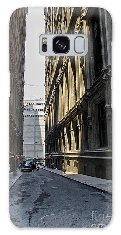 Manhattan Galaxy S8 Case featuring the photograph Narrow Manhattan Street by Zbigniew Krol