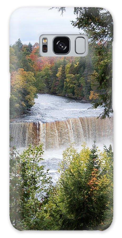 Upper Tahquamenon Falls Galaxy S8 Case featuring the photograph Nature's Art by Linda Kerkau