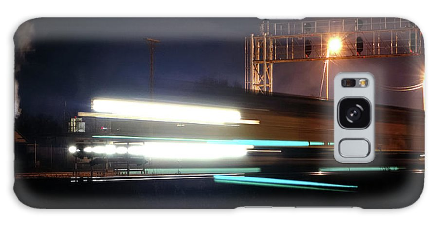 Trains Galaxy S8 Case featuring the photograph Night Express - Union Pacific Engine by Steven Milner