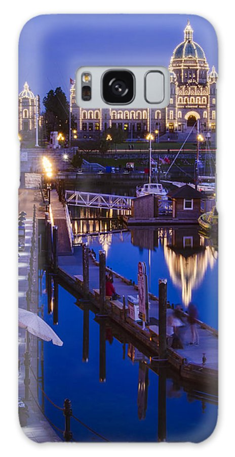Night Shots Galaxy S8 Case featuring the photograph Night Time On Parliament Hill by Irene Theriau
