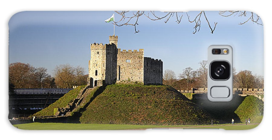 Norman Galaxy S8 Case featuring the photograph Norman Keep Cardiff Castle by Premierlight Images