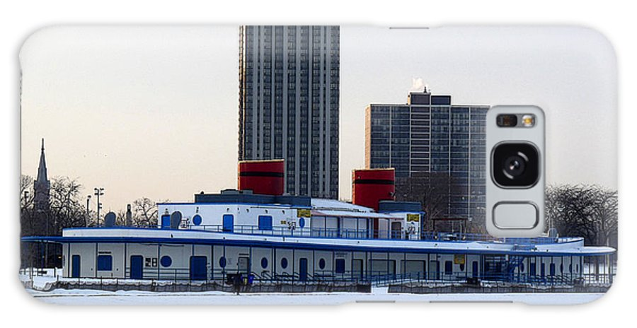 Chicago Illinois Galaxy S8 Case featuring the photograph North Avenue Beach House by David Bearden