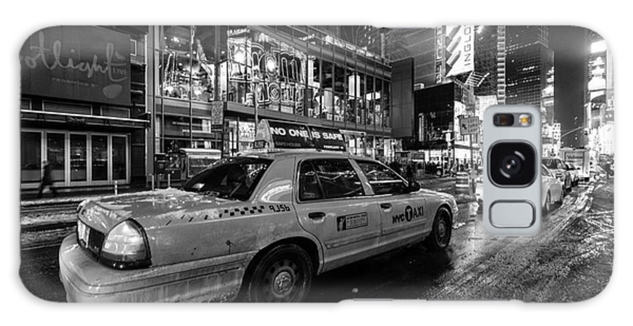 Nyc Winter 2 Galaxy S8 Case featuring the photograph Nyc Cab Times Square by John Farnan