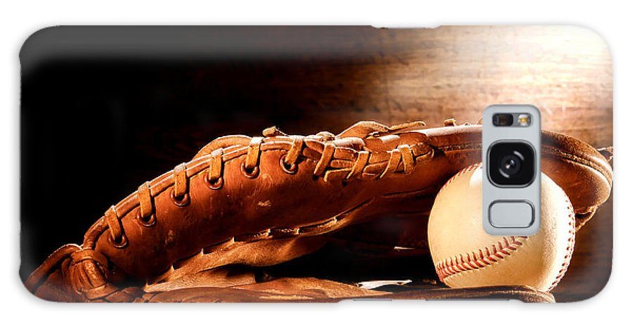Baseball Galaxy S8 Case featuring the photograph Old Baseball Glove by Olivier Le Queinec