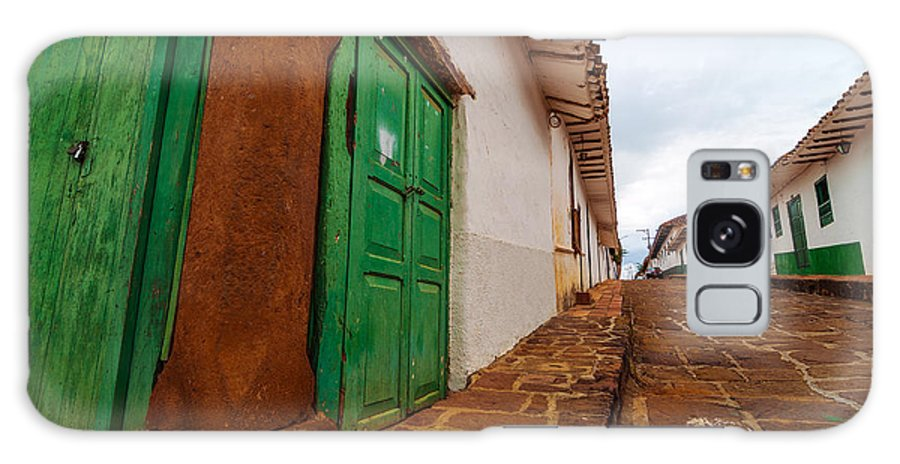 Barichara Galaxy S8 Case featuring the photograph Old Colonial Street Corner by Jess Kraft