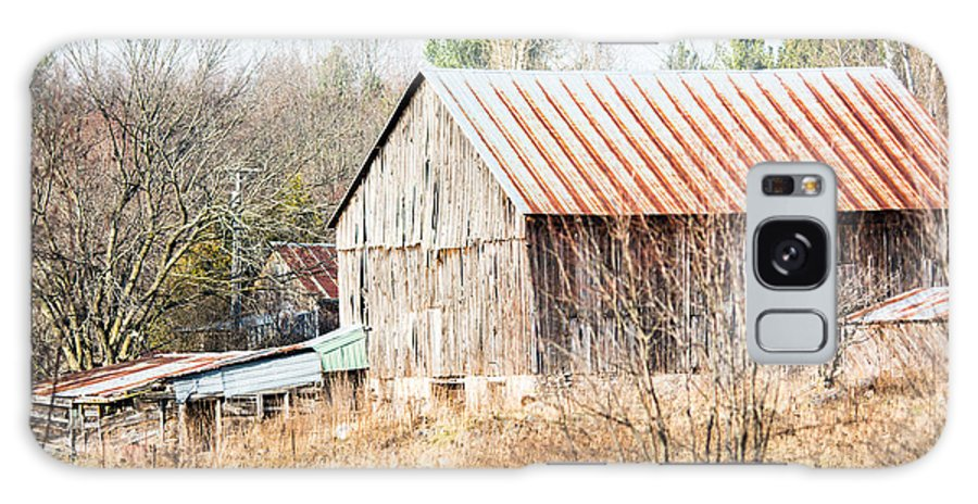 Galaxy S8 Case featuring the photograph Old Farmstead by Cheryl Baxter