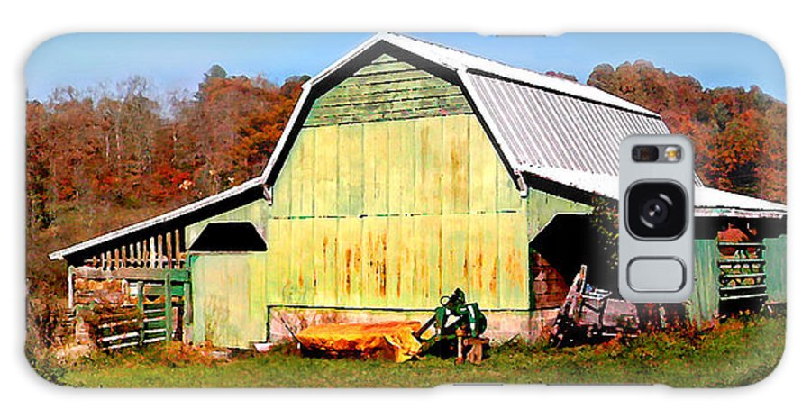 Barns Galaxy S8 Case featuring the photograph Old Green Barn South Of Rosman by Duane McCullough