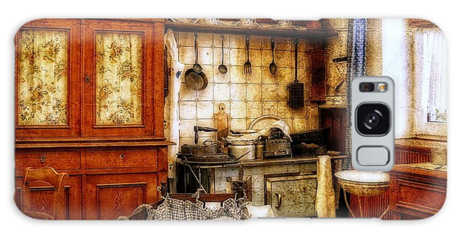 Kitchen Galaxy S8 Case featuring the photograph Old Kitchen by Gabi Siebenhuehner