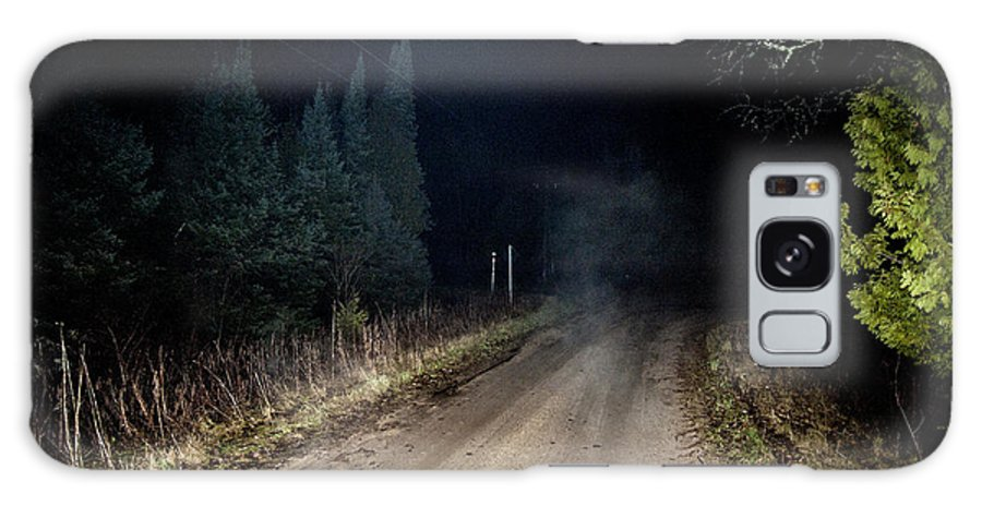 Fog Galaxy S8 Case featuring the photograph Old Road Night Fog by Steven Dunn