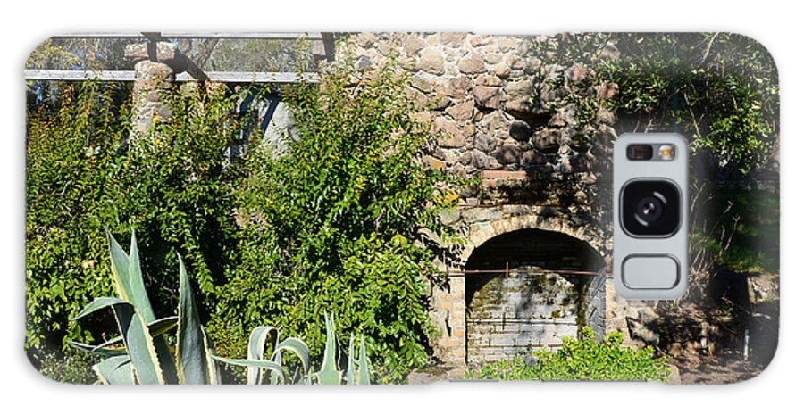 Wineries Galaxy S8 Case featuring the photograph Old Stone Hearth And Fireplace by Wendy Raatz Photography