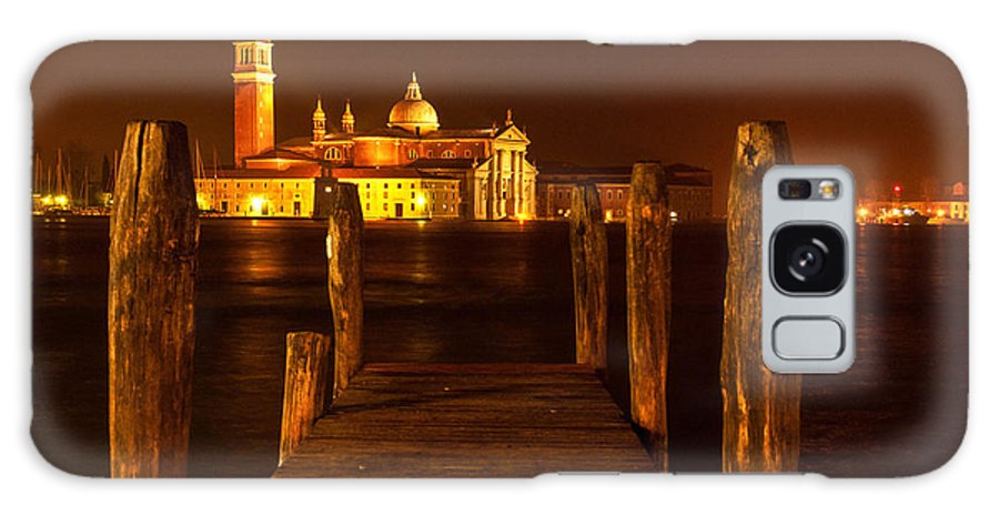 Venice Galaxy S8 Case featuring the photograph On Edge by Jim Southwell