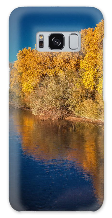 Rio Grande Galaxy S8 Case featuring the photograph On The Rio Grande by Tony Lopez
