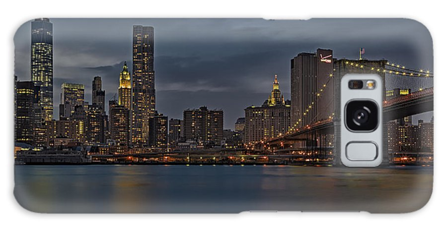 Brooklyn Bridge Galaxy S8 Case featuring the photograph One World Trade Center And The Brooklyn Bridge by Susan Candelario