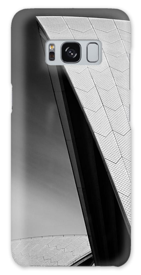 Sydney Opera House Galaxy S8 Case featuring the photograph Opera House by Dave Bowman