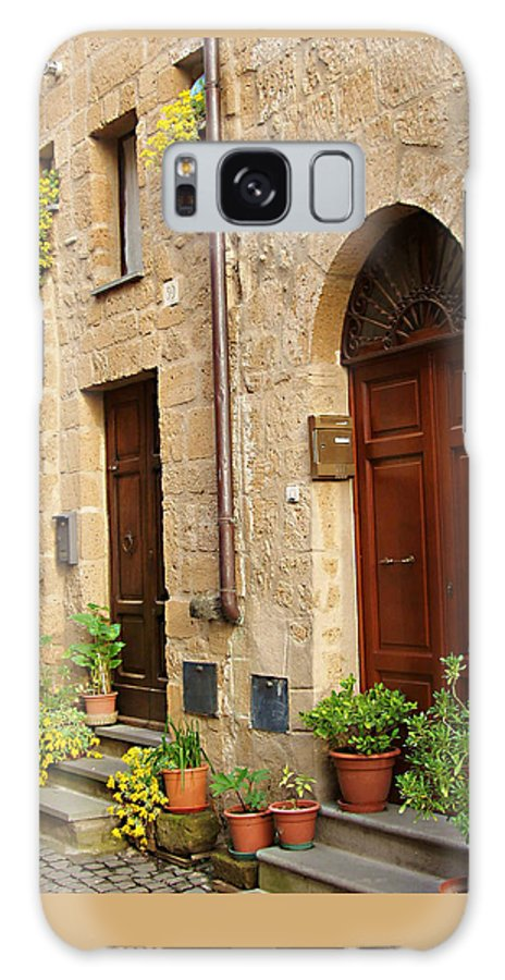 Orvieto Homes Galaxy S8 Case featuring the photograph Orvieto Homes by Ellen Henneke