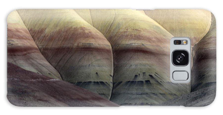 John Day Galaxy S8 Case featuring the photograph Painted Hills Oregon 9 by Bob Christopher