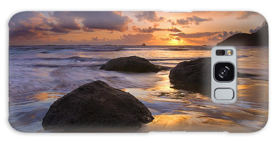 Sunset Galaxy Case featuring the photograph Pieces Of Eight by Mike Dawson