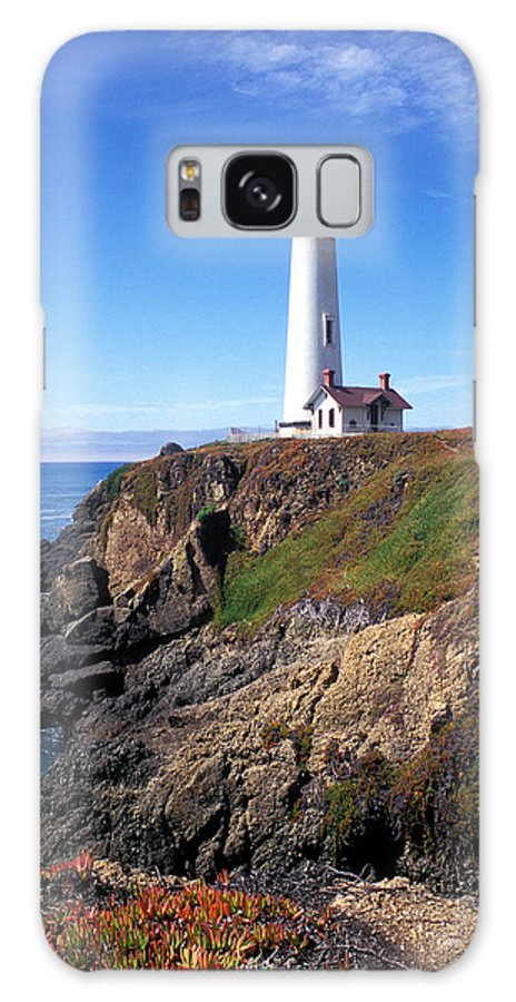 Lighthouse Photographs Galaxy S8 Case featuring the photograph Pigeon Point Lighthouse by Kathy Yates