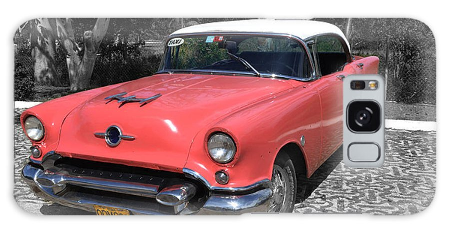 Taxi Galaxy S8 Case featuring the photograph Pink And White Cuban Taxi by Maria isabel Villamonte