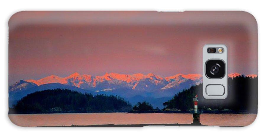 Ocean View Galaxy S8 Case featuring the photograph Pink Horizon by Gail Bridger
