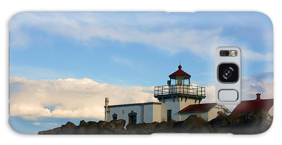 Lighthouse Galaxy S8 Case featuring the photograph Point No Point Lighthouse by Vicki Maheu