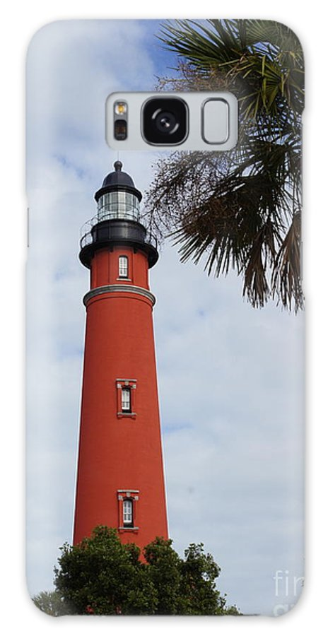 Lighthouse Galaxy S8 Case featuring the photograph Ponce Inlet Lighthouse by Megan Cohen