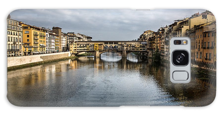 Italy Galaxy S8 Case featuring the photograph Ponte Vecchio by Dave Bowman