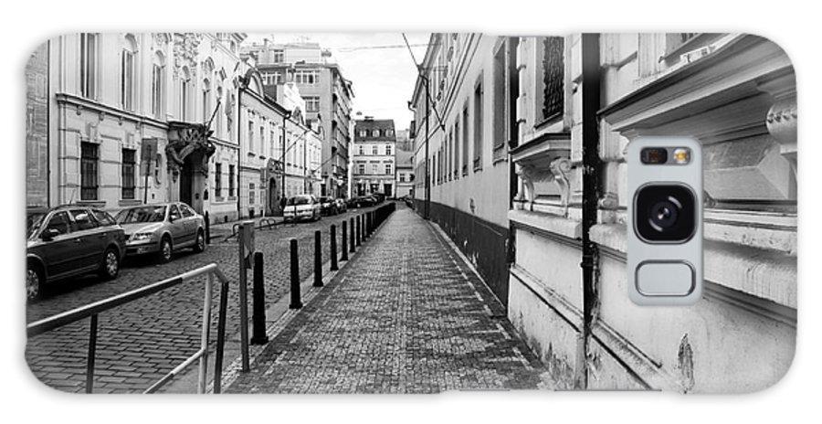 Praha Sidewalk Galaxy S8 Case featuring the photograph Praha Sidewalk by John Rizzuto