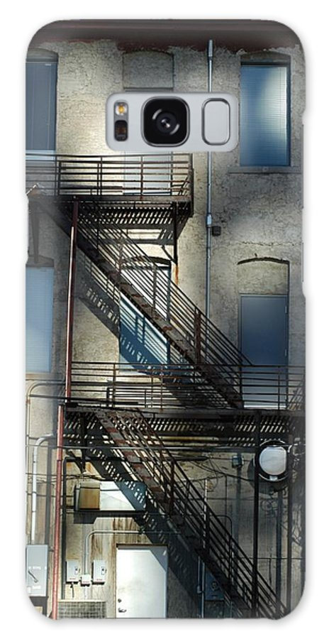 Alley Galaxy S8 Case featuring the photograph Preferred Entrance by Joseph Yarbrough